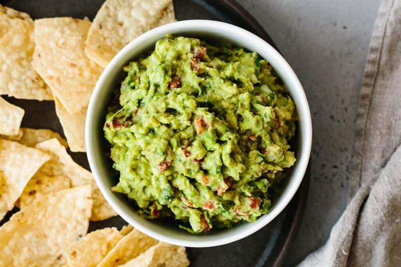Kultura Pytanie-Ciekawostka: Jakie składnik jest używany jako podstawa guacamole?