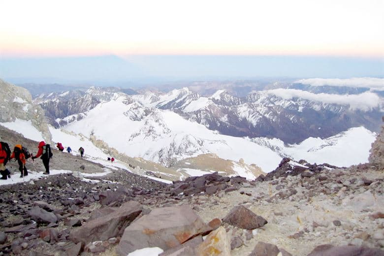 History Trivia Question: Who was the first man to climb all of the original Seven Summits (highest mountains of each of the 7 continents)?