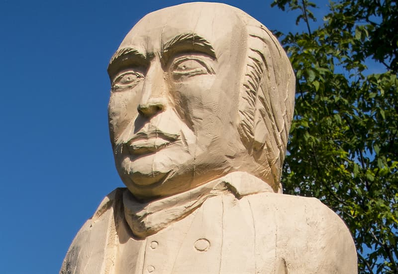 History Trivia Question: Why did Benedict Arnold turn traitor?
