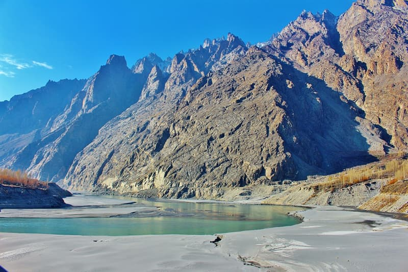 Geography Trivia Question: What is the longest river in Pakistan?