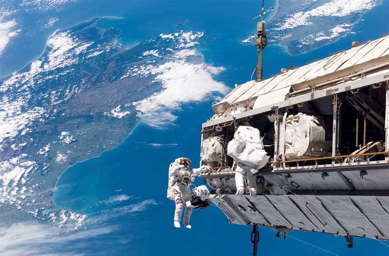 Science Trivia Question: What was the first Chinese manned spacecraft?