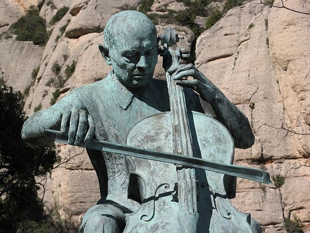 Culture Trivia Question: Where is the сellist Pablo Casals Defilló from?