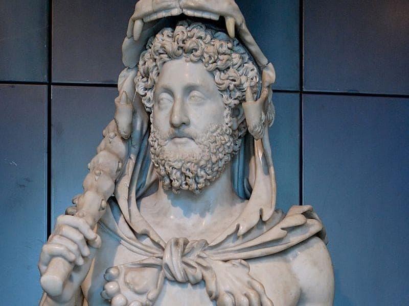 Історія Запитання-цікавинка: Який римський імператор був батьком сумнозвісного імператора Коммода?