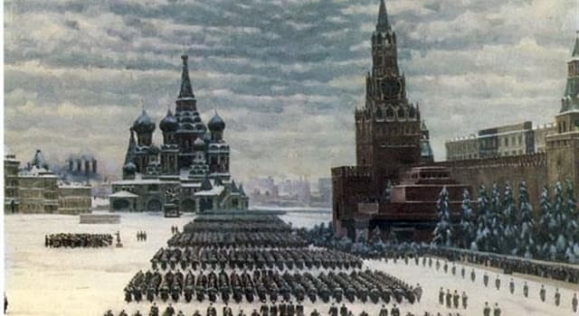 History Trivia Question: In 1941 the German army invaded the USSR and pushed on to Moscow. How close to the Kremlin did they get?