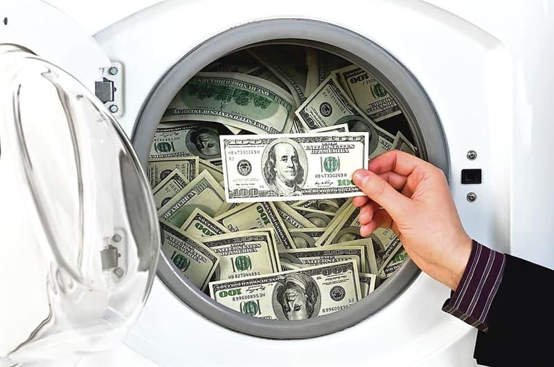 """Суспільство Запитання-цікавинка: Завдяки кому увійшла в ужиток фраза: """"відмивання грошей""""?"""
