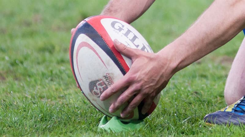 Sport Trivia Question: How many players are there in a Rugby League Football team?