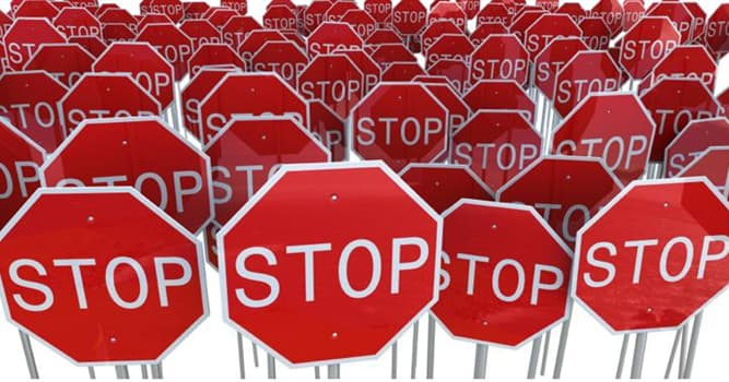 Culture Trivia Question: How many stop signs are there in Paris, France?