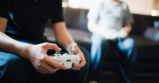 Культура Вопрос: Какая известная видео игра была выпущена в 2001 году?