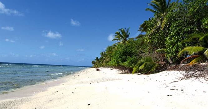 География Вопрос: Какой остров, принадлежащий Коста Рике, связан с легендами о пиратских сокровищах?