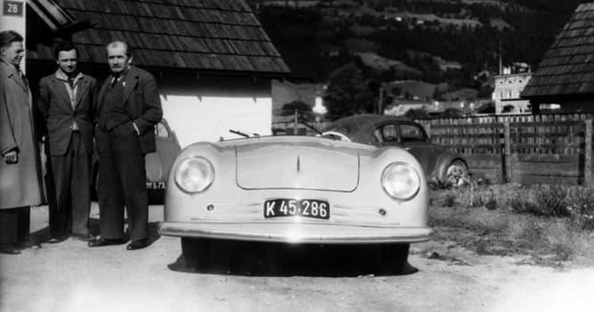 Культура Вопрос: Первая модель какой марки машины была разработана в 1939?