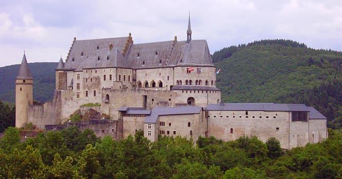 География Вопрос: Сколько официальных языков в Люксембурге?