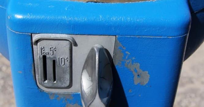Общество Вопрос: В какой стране были установлены первые парковочные часы?