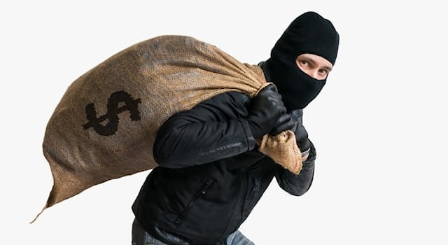 History Trivia Question: Who robbed at least 50 banks and is considered one of the most notorious bank robbers in U.S. history?