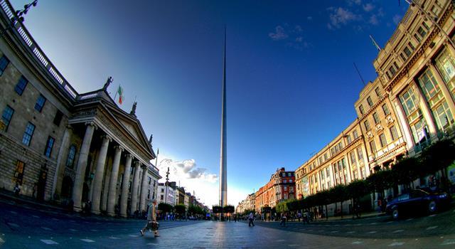 """Cultura Pregunta Trivia: ¿Cuál es el nombre oficial de la llamada popularmente """"Aguja de Dublin"""" que se observa en la imagen?"""