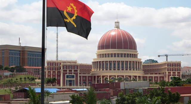 Historia Pregunta Trivia: ¿De qué país europeo se independizó Angola en 1975?