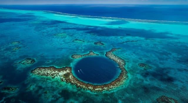 Geografía Pregunta Trivia: ¿Dónde está ubicado el Gran Agujero Azul?
