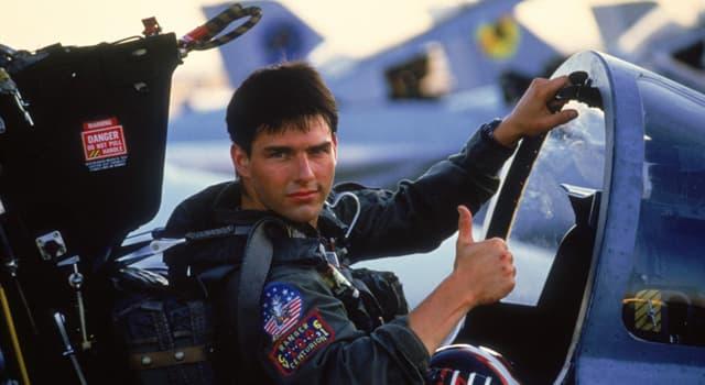 """Film & Fernsehen Wissensfrage: Welchen Spitznamen hat Pete Mitchell (Tom Cruise) im """"Top Gun – Sie fürchten weder Tod noch Teufel""""?"""