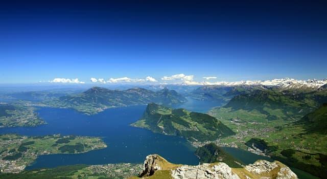 Geographie Wissensfrage: In welchem Land kann man den Vierwaldstättersee besuchen?