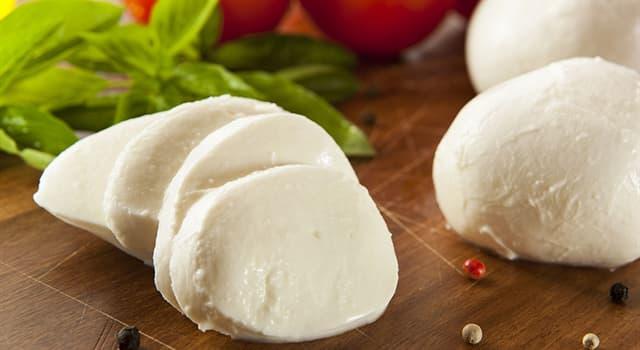 Kultur Wissensfrage: Aus welcher Milch wird ursprünglich der Mozzarella-Käse hergestellt?