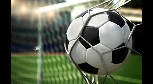 Deporte Pregunta Trivia: ¿Qué jugador de fútbol ha sido el único en recibir el Super Balón de Oro por la revista francesa France Football?