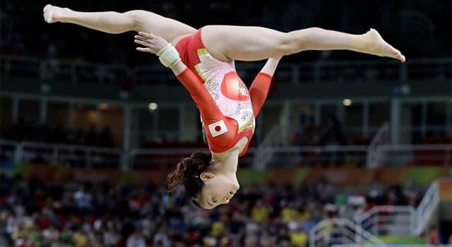 sport Pytanie-Ciekawostka: Która gimnastyczka jako pierwsza dostała maksymalne noty, 10 punktów, na igrzyskach olimpijskich?