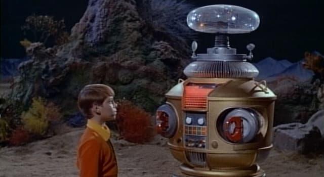 """Películas Pregunta Trivia: ¿Cuál era el nombre oficial del robot de la serie """"Perdidos en el espacio""""?"""