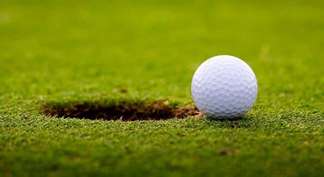 sport Pytanie-Ciekawostka: Jaka musi być minimalna głębokość dołka na profesjonalnym polu golfowym?