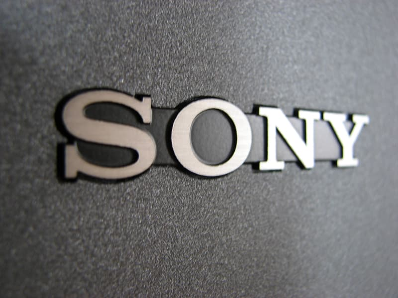 społeczeństwo Pytanie-Ciekawostka: Czego produkcją głównie zajmuje się firma Sony?