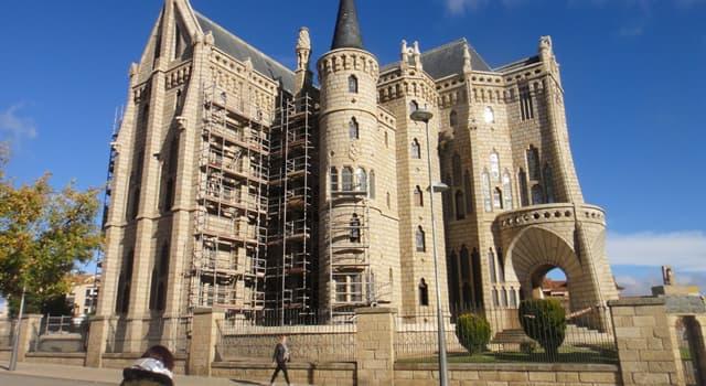 Cultura Pregunta Trivia: ¿Cuantas obras hay de Antonio Gaudí fuera de la ciudad de Barcelona?