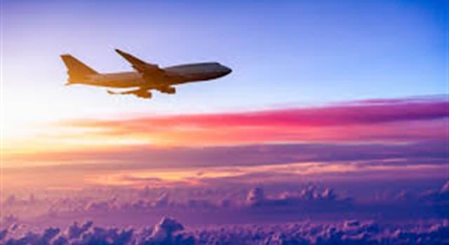 """Cultura Pregunta Trivia: ¿Cuál es la """"aerolínea de bandera"""" de Estados Unidos?"""