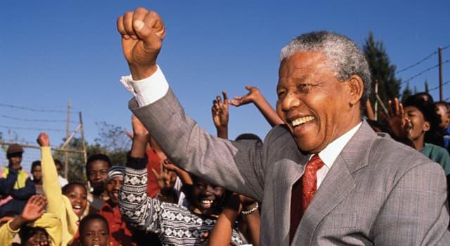 Historia Pregunta Trivia: ¿De cuántas maneras fue llamado Nelson Mandela a lo largo de su vida?