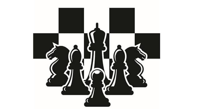 Deporte Pregunta Trivia: En ajedrez existe un movimiento especial defensivo, en que dos piezas se pueden mover a la vez en la misma jugada. ¿Cómo se nombra esta jugada?