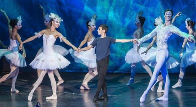 """Cultura Pregunta Trivia: En junio 2018 la Ópera de Budapest suspendió las funciones del musical """"Billy Elliot"""", estrenado en Londres en 2005. ¿Cuál habría sido el motivo?"""