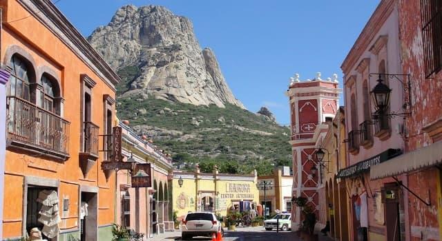 Geografía Pregunta Trivia: ¿En qué país se localiza el monolito la Peña de Bernal?