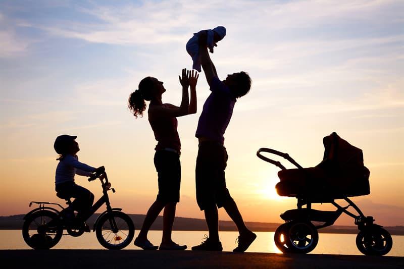 """Культура Запитання-цікавинка: В який календарний день в Росії святкують """"День сім'ї, любові і вірності""""?"""