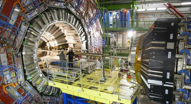 Сiencia Pregunta Trivia: ¿En qué ciudad se encuentra el Gran Colisionador de Hadrones?