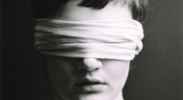 społeczeństwo Pytanie-Ciekawostka: W 1968 r. Słynna niewidoma i głucha kobieta zmarła w wieku 87 lat. O kim mowa?