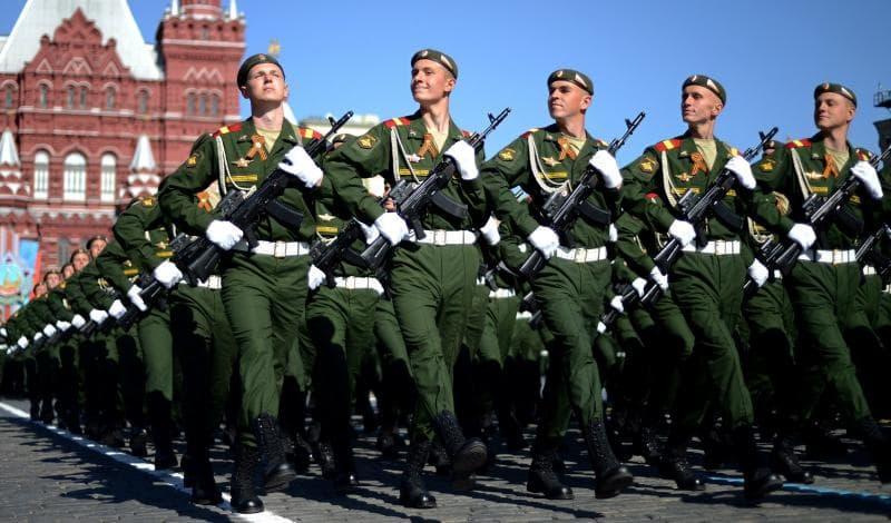 Суспільство Запитання-цікавинка: Як називають людину, яка самовільно покинув військову службу?