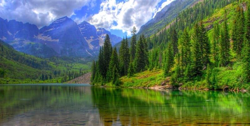 Географія Запитання-цікавинка: Яка річка витікає з озера Байкал?