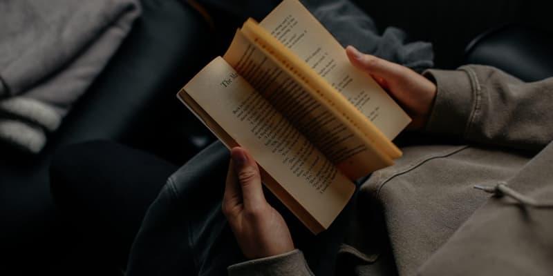 Культура Запитання-цікавинка: Який твір написав не Джон Толкін?