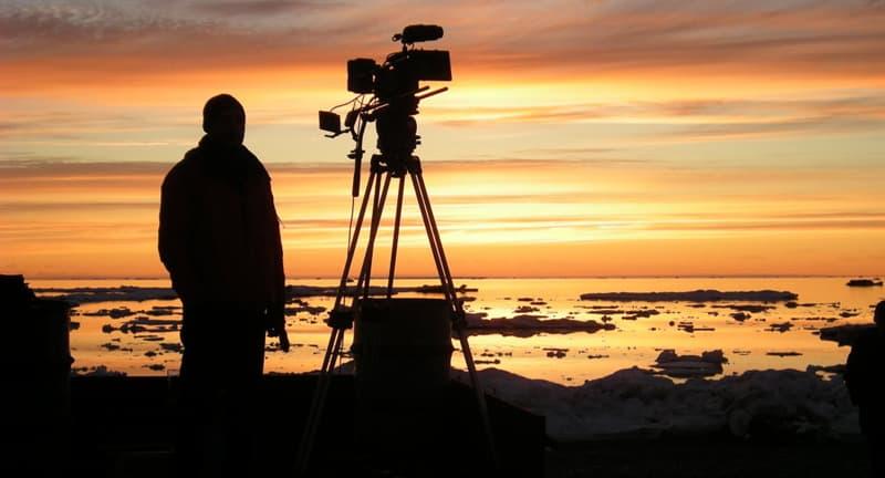 """Фільми та серіали Запитання-цікавинка: Який фільм Е.Рязанов зняв за п'єсою О. Островського """"Безприданниця""""?"""