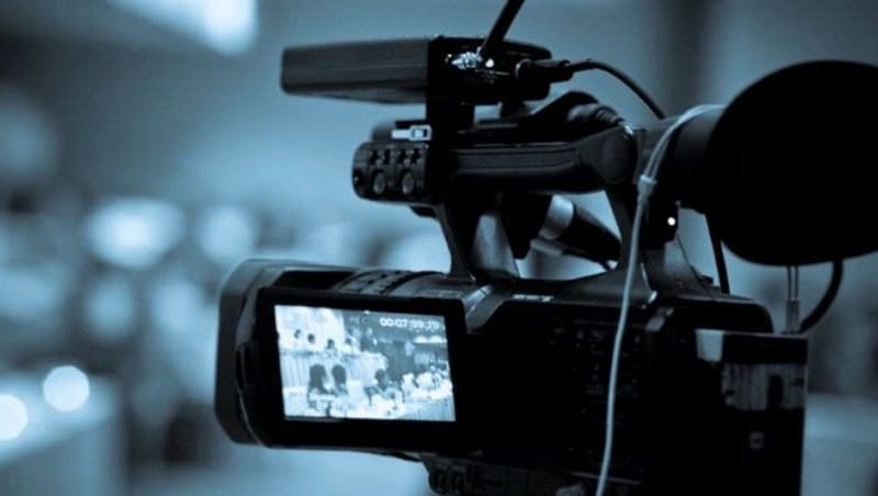"""Фільми та серіали Запитання-цікавинка: Хто зіграв головного героя у фільмі """"Духless""""?"""
