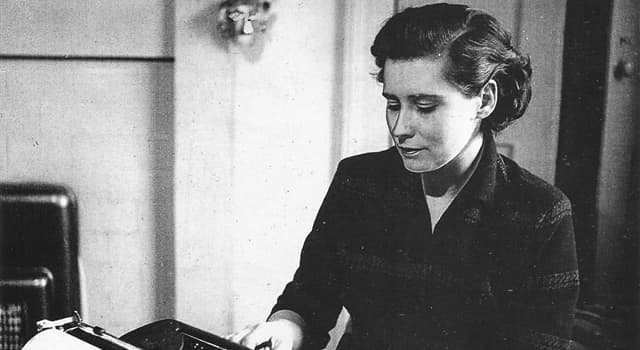 Cultura Pregunta Trivia: ¿Qué novela de Doris Lessing empieza con el final de la historia?
