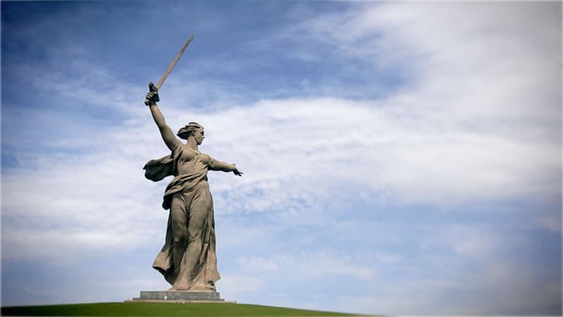 """Культура Запитання-цікавинка: В якому місті розташована скульптура """"Батьківщина-мати""""?"""
