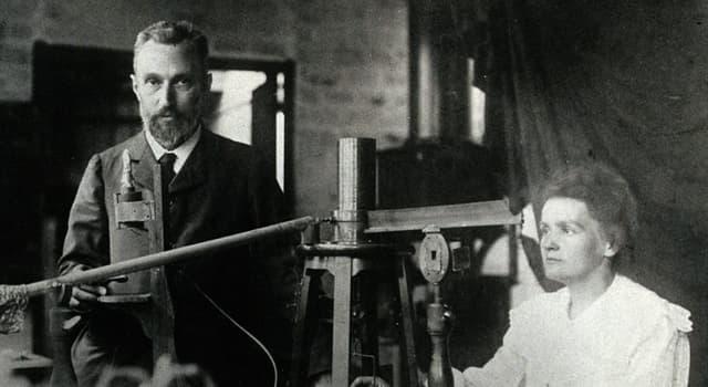 nauka Pytanie-Ciekawostka: Kto dostał, wspólnie z małżeństwem Curie, Nagrodę Nobla w dziedzinie fizyki w 1903 roku?
