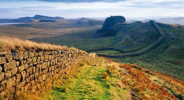 Cultura Pregunta Trivia: ¿Con qué finalidad se construyó el Muro de Adriano en Britania?