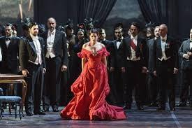 """Cultura Pregunta Trivia: ¿Cuál de las siguientes óperas está basada en la novela """"La dama de las Camelias""""?"""