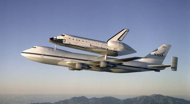 Historia Pregunta Trivia: ¿Cuál fue el primer transbordador espacial construido?
