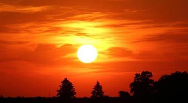 Сiencia Pregunta Trivia: ¿Cuántas capas tiene el Sol en su constitución?