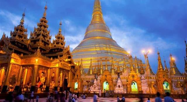Cultura Pregunta Trivia: ¿Cuántas son las prohibiciones que se recomienda acatar a todos los budistas?